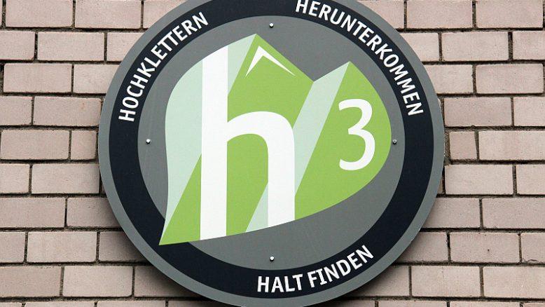 """Hochklettern – Herunterkommen – Halt finden"""". Das h3 in Metzingen"""